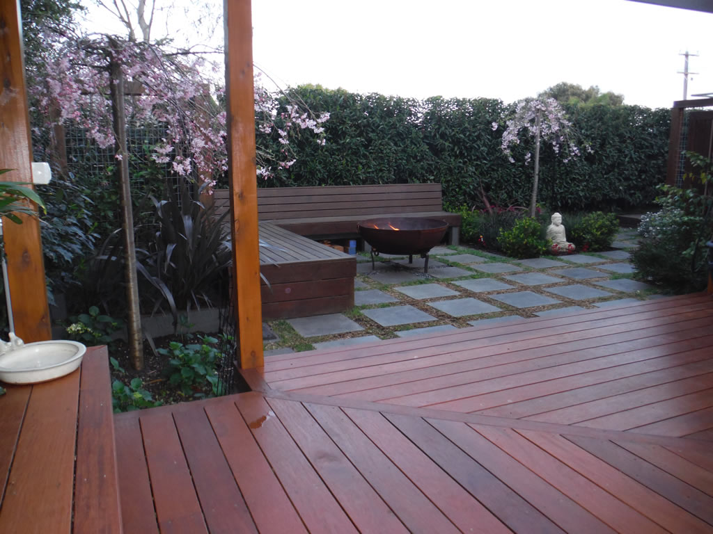 decking-out-mebourne-mt-martha-1-3