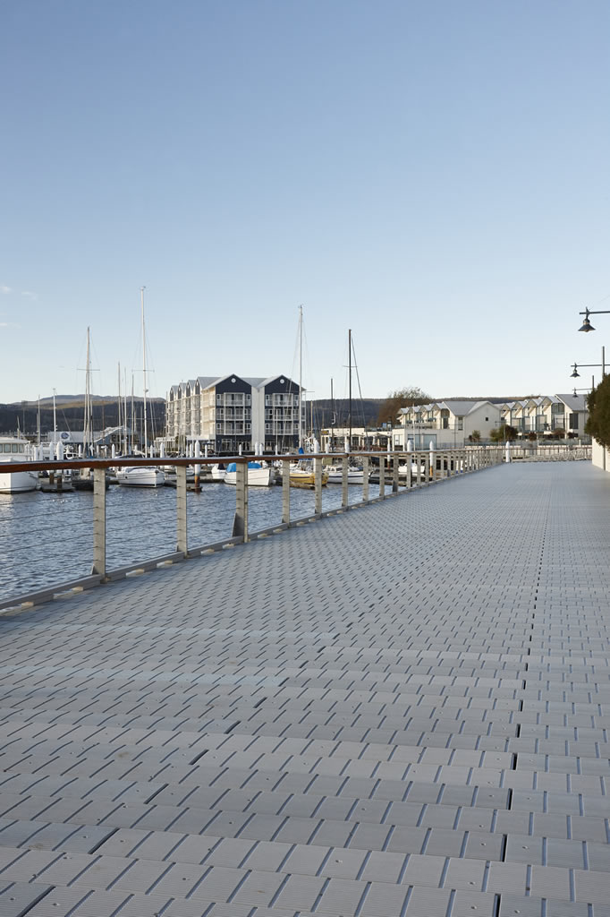 decking-out-melbourne-launceston-1