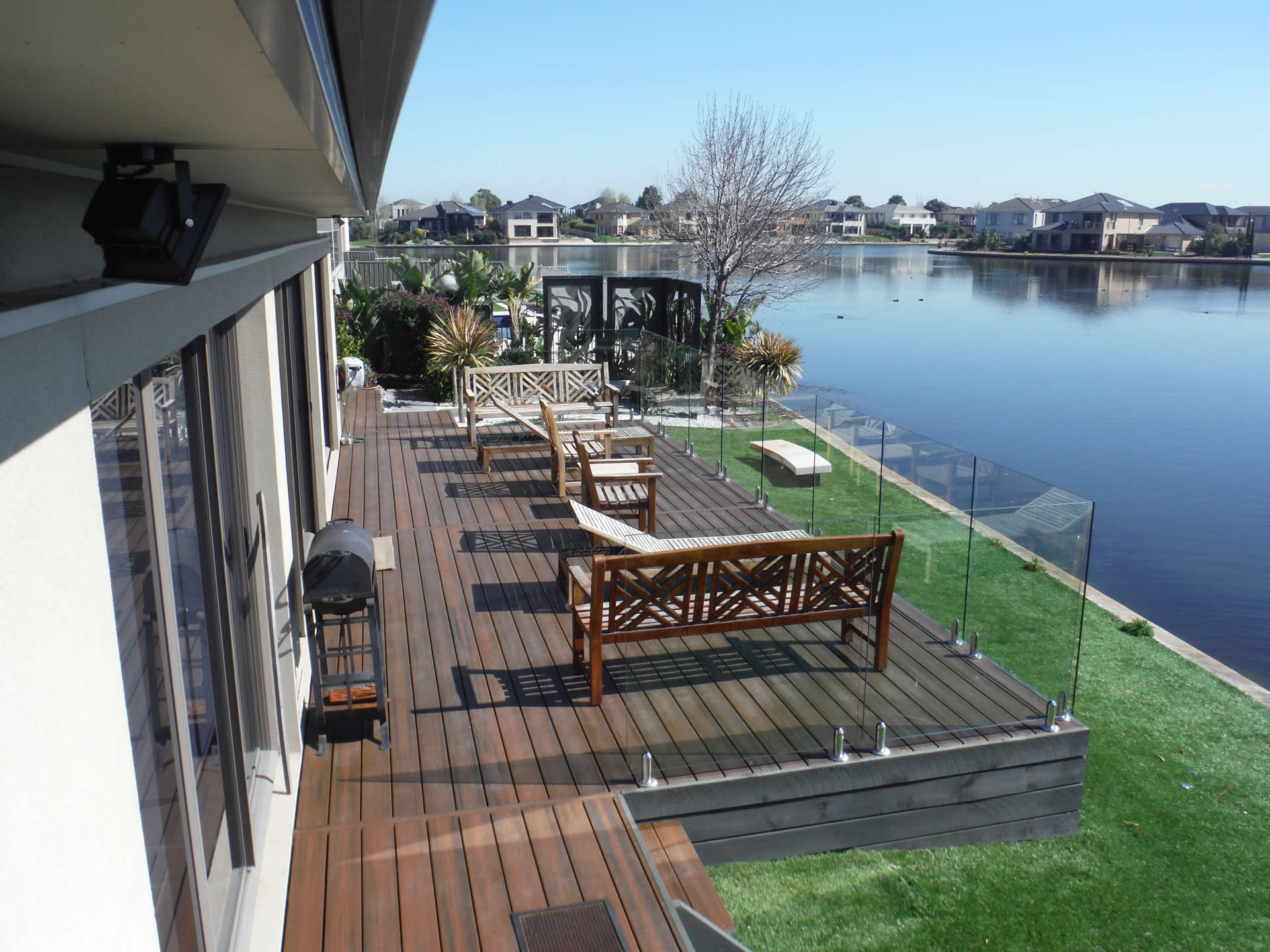 decking-out-melbourne-point-cook-1